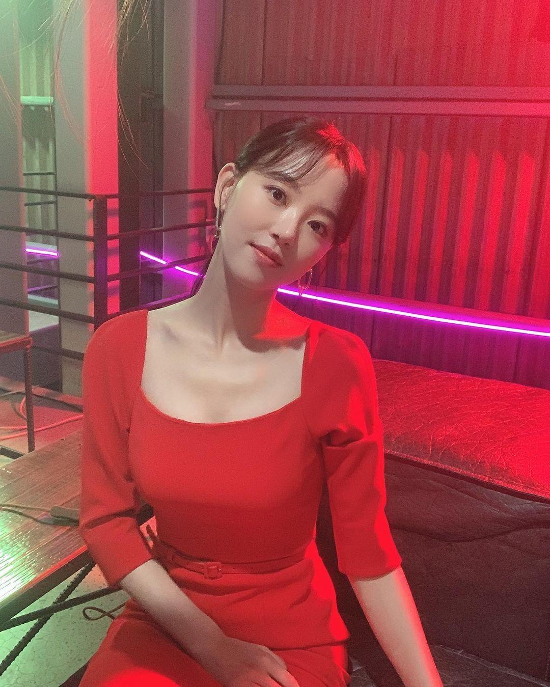 Tak Hanya Bae Suzy, Ini Gaya Kang Han Na 'Start-Up' yang juga Memesona