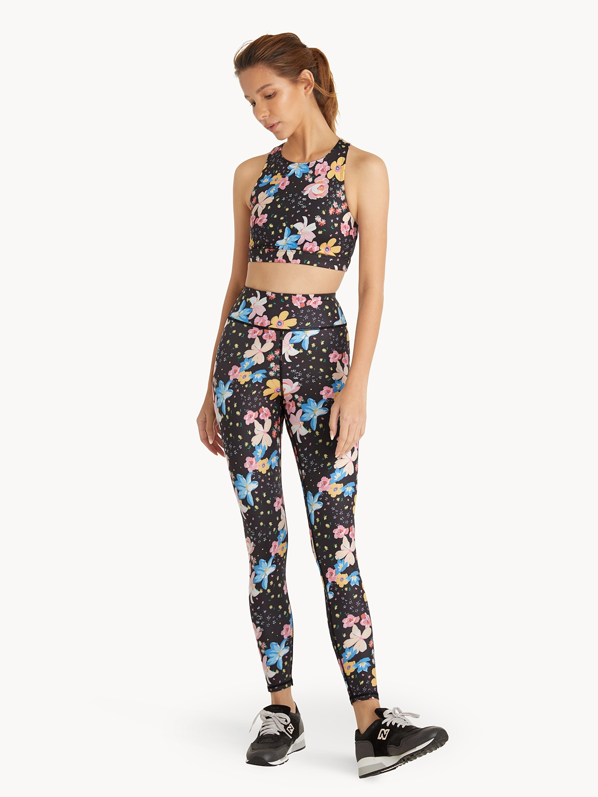 Rekomendasi Brand Sportswear Wanita