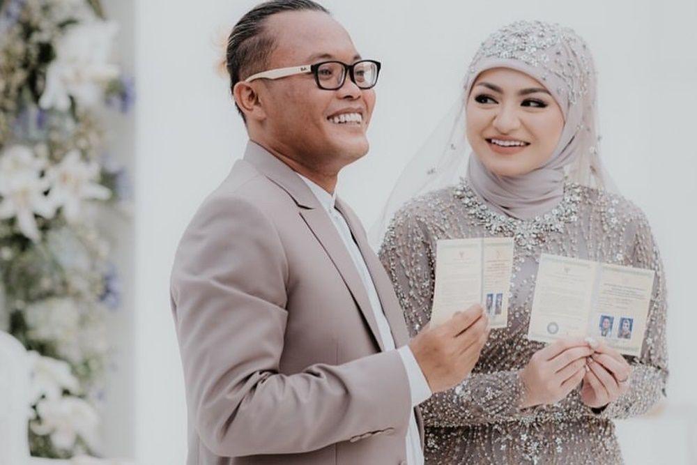 Nggak Ketebak, 9 Artis Indonesia Ini Menikah dengan Keturunan Belanda