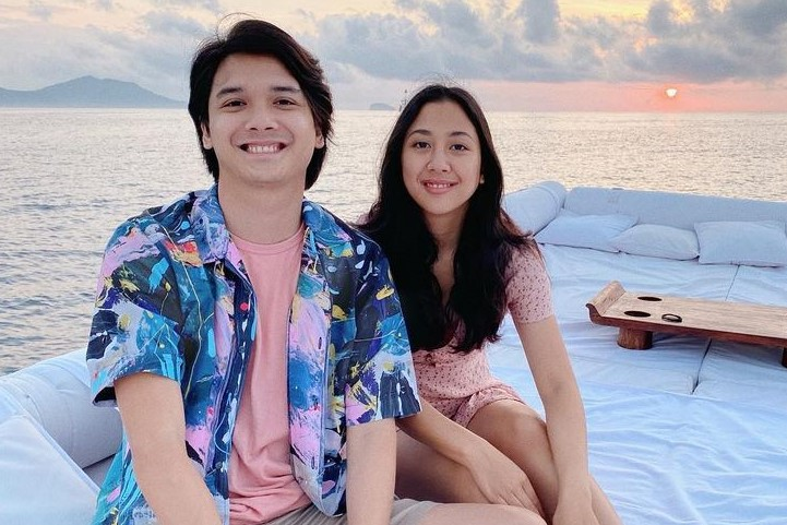 Intip Gaya Romantis Sherina dan Baskara Mahendra saat Honeymoon