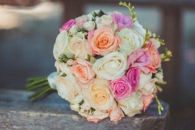 5 Cara Membuat Buket Bunga Praktis Anti-Ribet