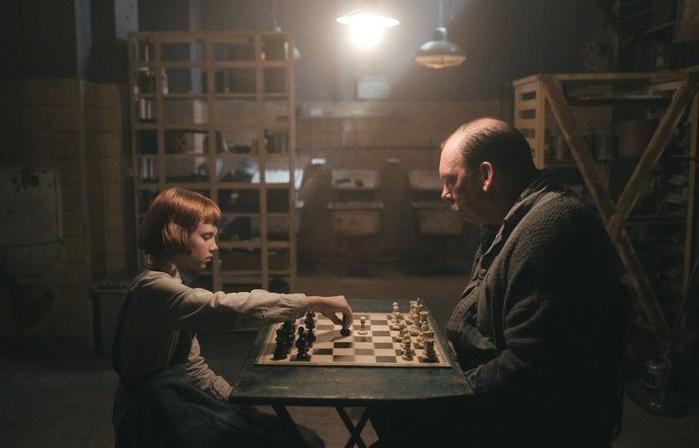 Buat Permainan Catur Lebih Seksi, 'The Queen's Gambit' Cetak Prestasi