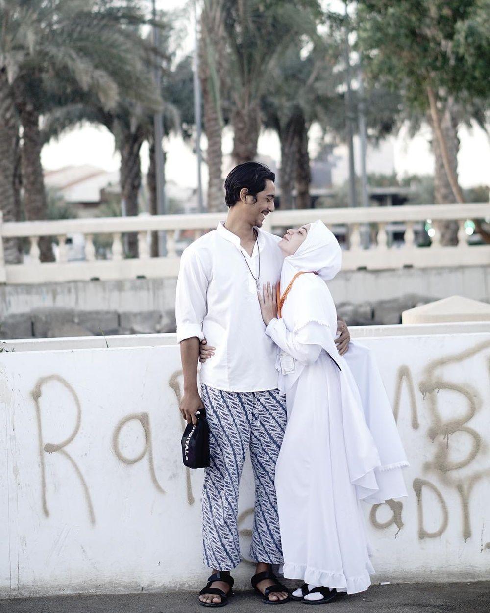 10 Adu Mesra Arya Saloka dan Amanda Manopo Bersama Pasangan Aslinya