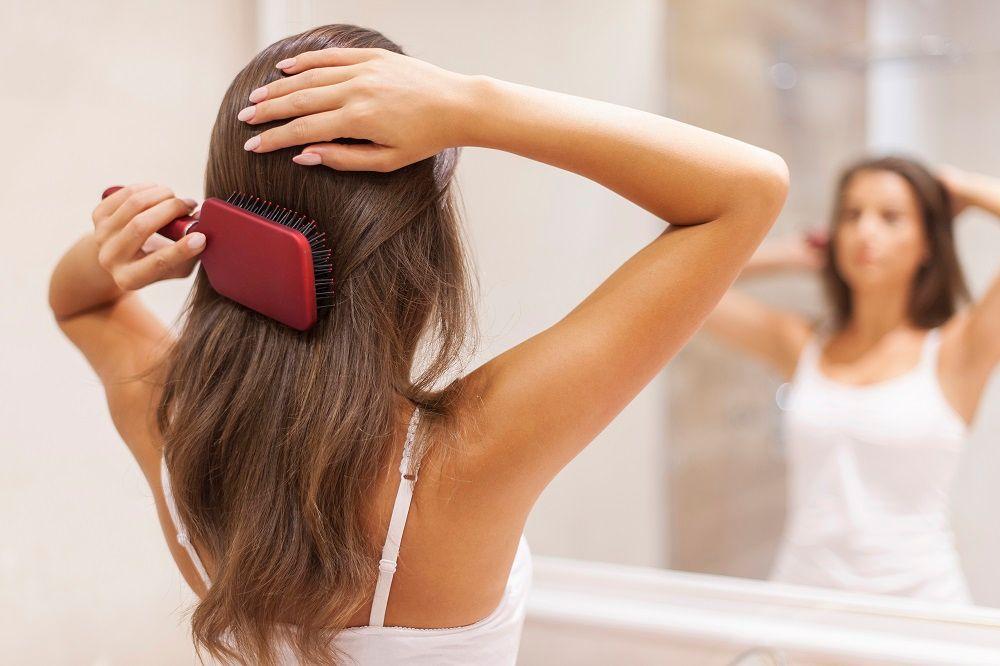 8 Kesalahan yang Membuat Rambut Berminyak