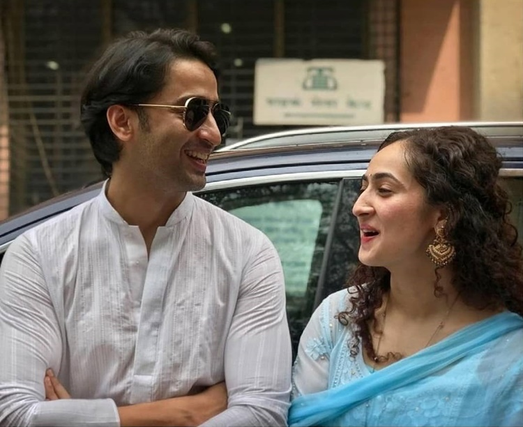 Beda Agama, Ini 8 Foto Pernikahan Shaheer Sheikh & Ruchikaa Kapoor