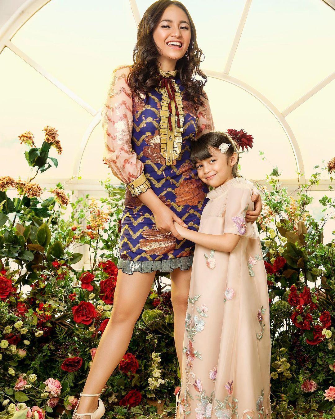 Gaya Kompak Marshanda dan Anak, Mommy Goals Banget!