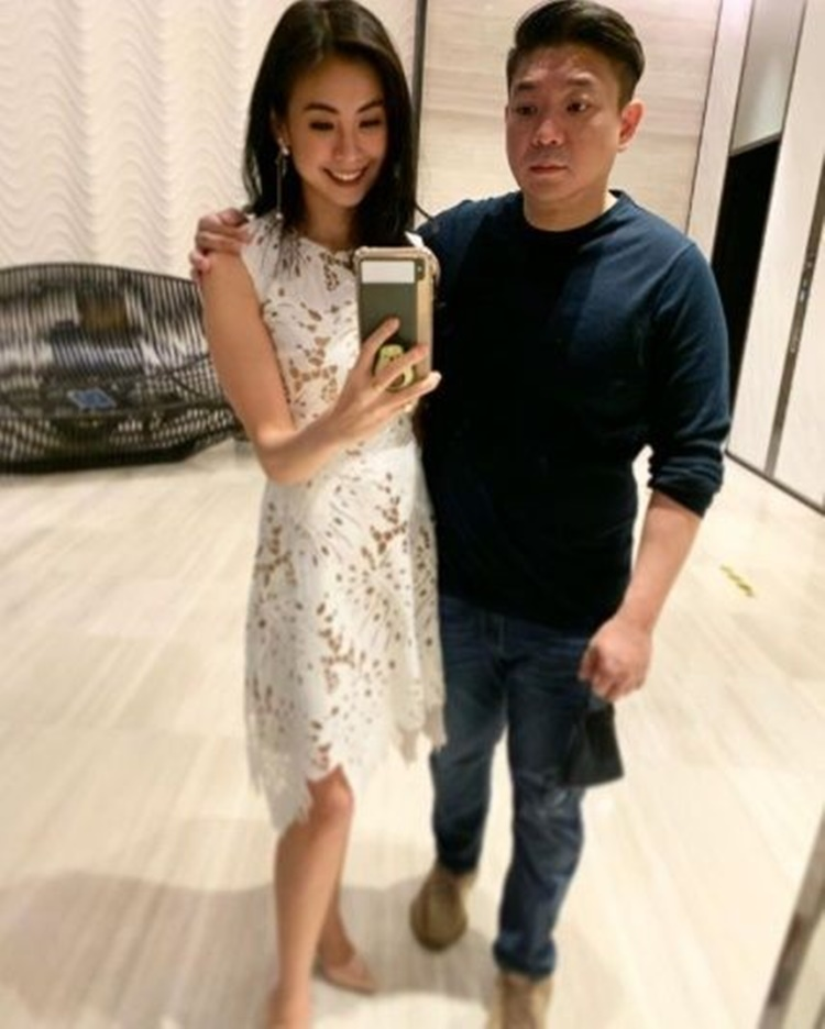 Yuk, Intip 9 Potret Romantis Miss Indonesia Bareng Pasangan!