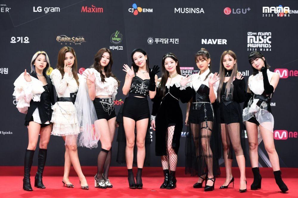 10 Gaya Terbaik Artis Korea di MAMA 2020, BTS hinggaLee Sun Bin