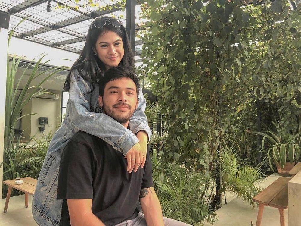Lengket Terus! Intip 10 Gaya Pacaran Hana Saraswati dan Kekasih