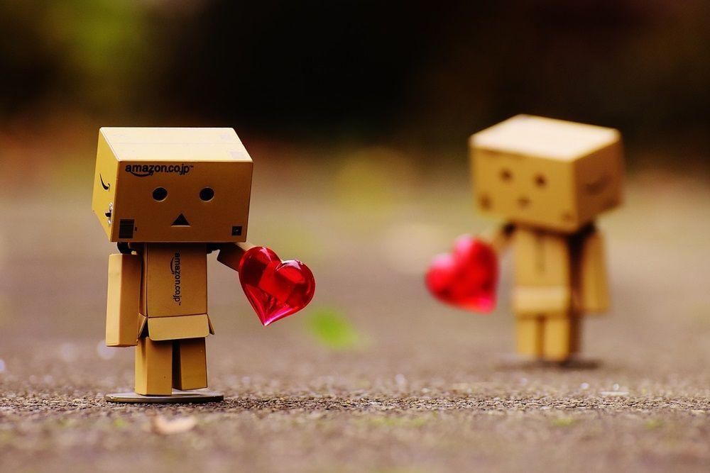 9 Kelemahan Pacaran Jarak Jauh, Bukan Cuma Nggak Bisa Ketemuan