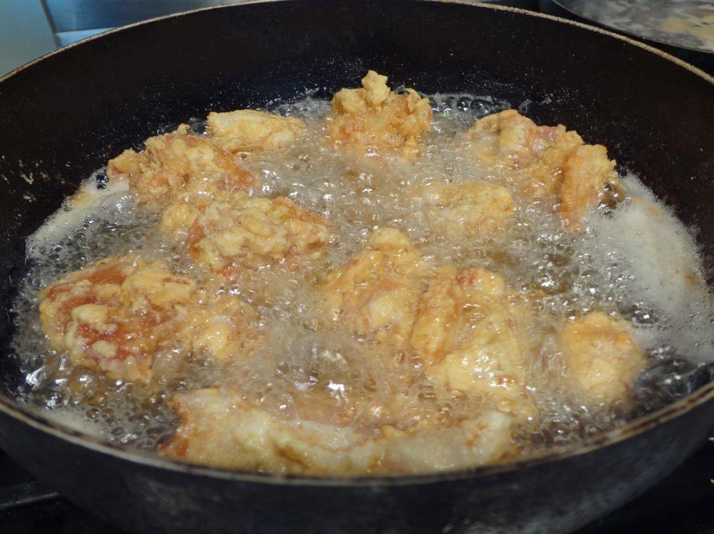Resep Ayam Goreng a la Ny. Suharti, Dijamin Rasanya Mirip!