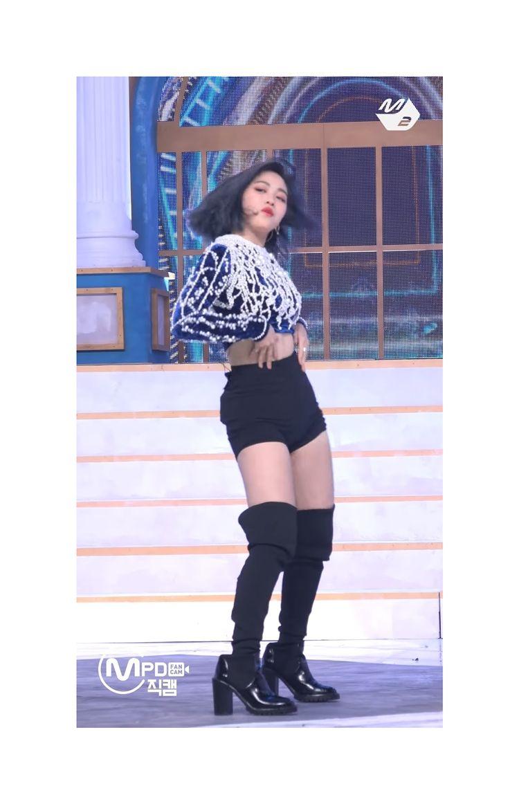 Baju KW Sampai Salah Ukuran! Bintang Kpop yang Alami 'Salah Dandan'