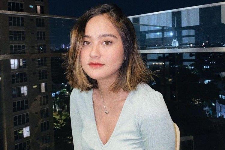 7 PotretSalshabilla Adriani, Aktris Seksi yang Terlibat Kecelakaan