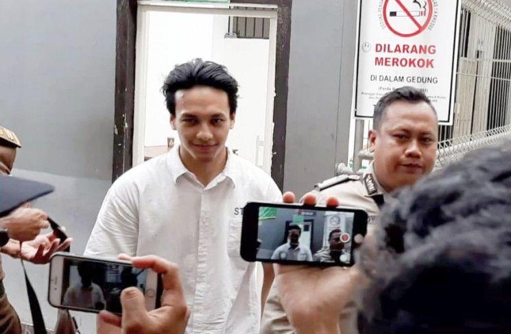 Hakim Ketuk Palu: Jefri Nichol Wajib Ganti Rugi Rp4,2 Miliar Ke Falcon