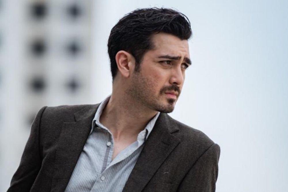 9 Aktor Tampan yang Punya Brewok, Bikin Hati Kepincut!