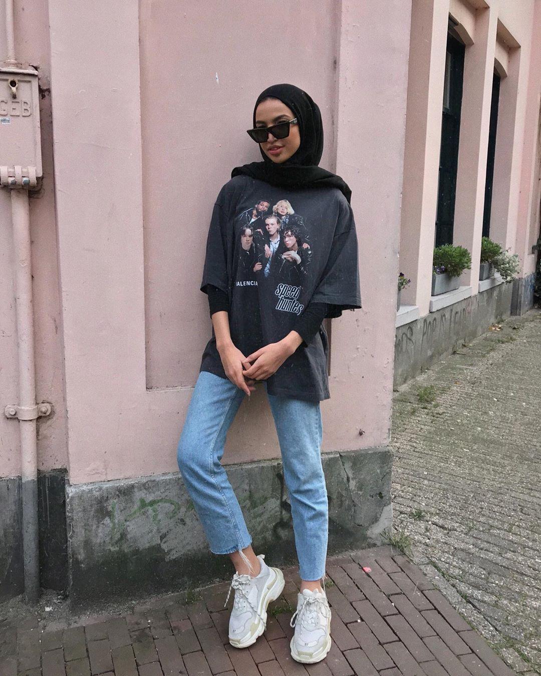 6 Padu Padan Oversized Shirt Untuk Hijabers