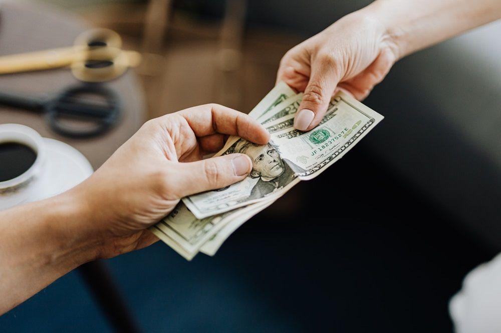 Masuki 2021 dengan 5 Tips Menyusun Resolusi Keuangan untuk Masa Depan