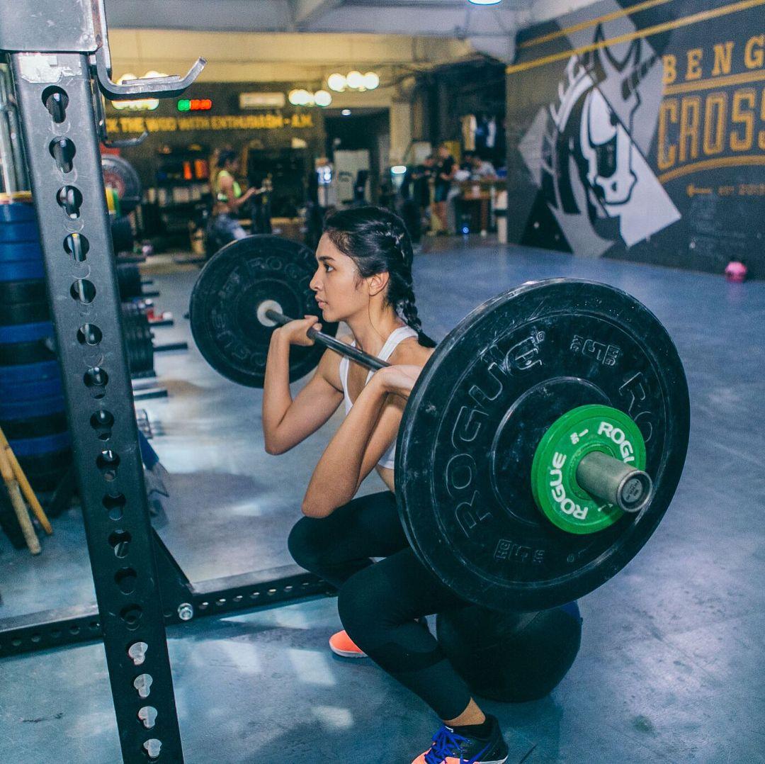 Intip Gaya Seksi Artis Indonesia saat Olahraga di Gym