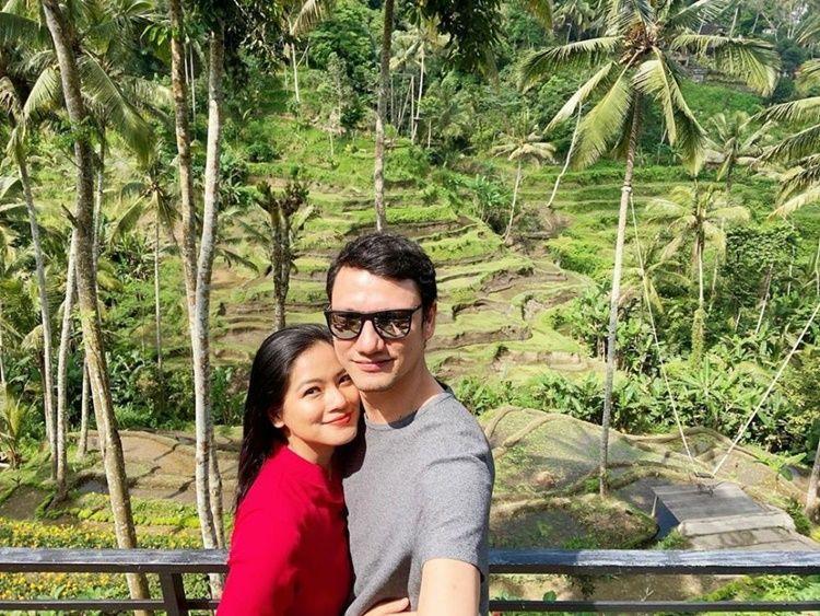 Serasi! 10 Aktor Blasteran Ini Menikah dengan Perempuan Indonesia