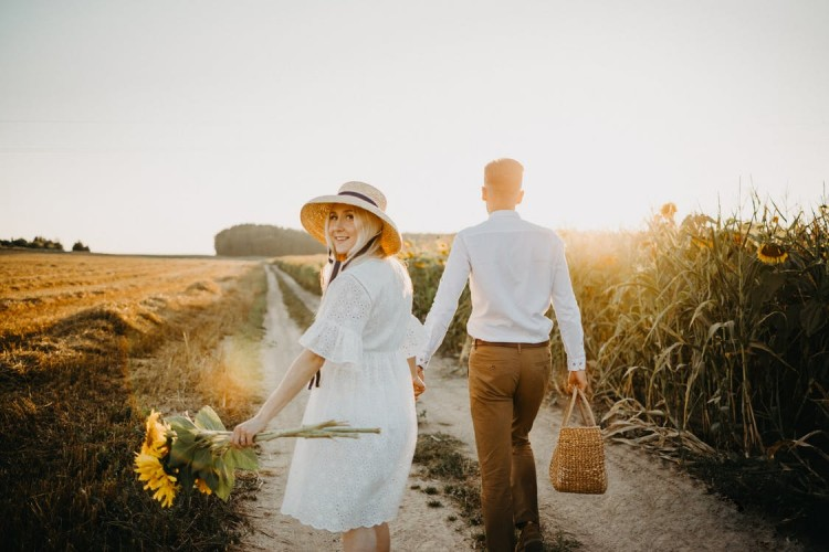 Lama Menjalin Hubungan dengan Si Dia Bikin Kamu Sadar Akan 6 Hal Ini!
