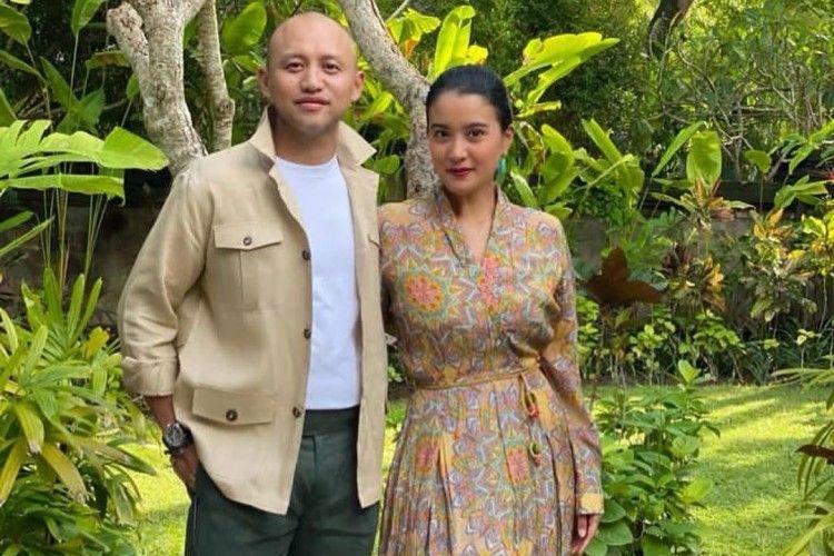 10 Tahun Menikah, Ini Gaya KompakMarcella Zalianty dan Ananda Mikola