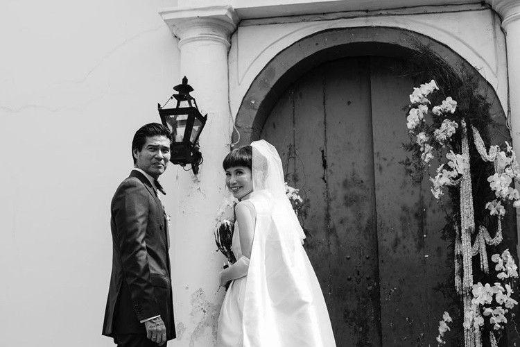 Lepas Masa Duda, 9 Foto Pernikahan Marshall Sastra yang Bergaya Klasik