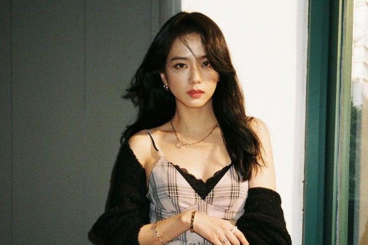 Ulang Tahun ke-26, Ini Transfomasi Gaya Kece Jisoo BLACKPINK