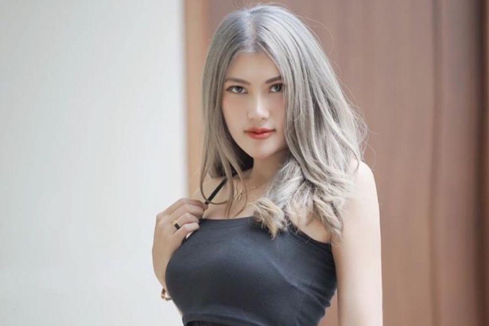 Video Baju Melorotnya Viral, Intip Pesona Menantang Melda Rosita