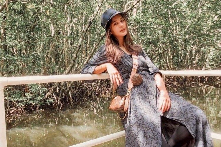Supermodel hingga Hot Mama, Ini Transformasi Gaya Paula Verhoeven