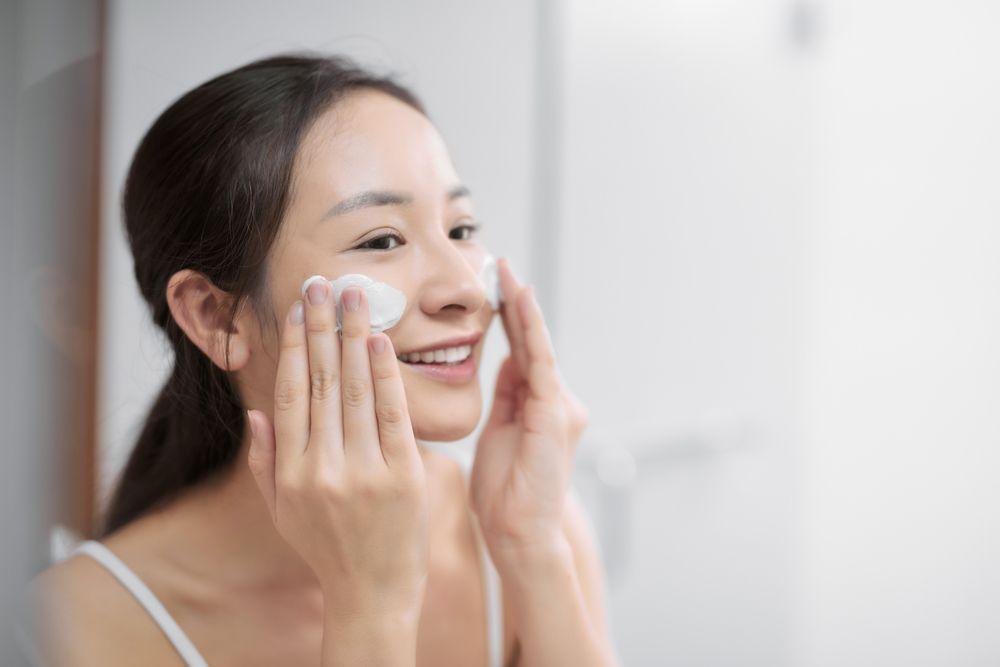 """Ini 5 Skincare """"Holy Grail"""" untuk Kamu Si Kulit Sensitif"""