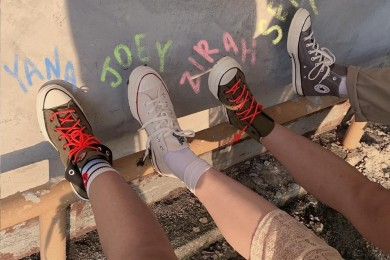 Tips Merawat Sepatu Converse, Makin Bersih Awet