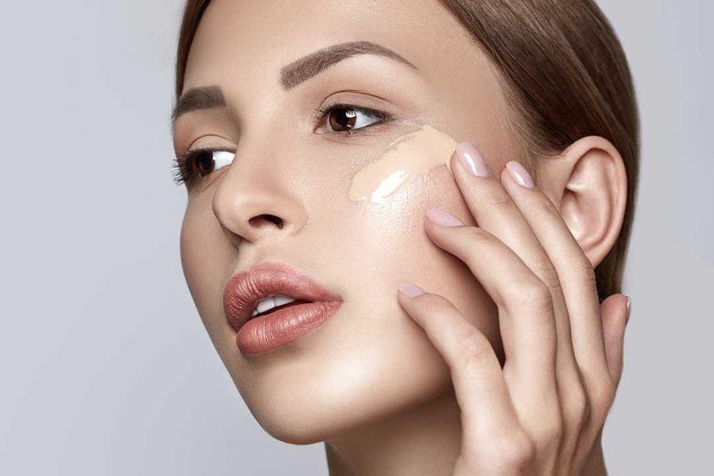 Nggak Boleh Dianggap Sepele, Ketahui 4 Bahaya Makeup Kedaluwarsa