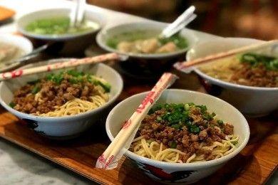 5 Kuliner Legendaris Bandung Wajib Kamu Cicipi