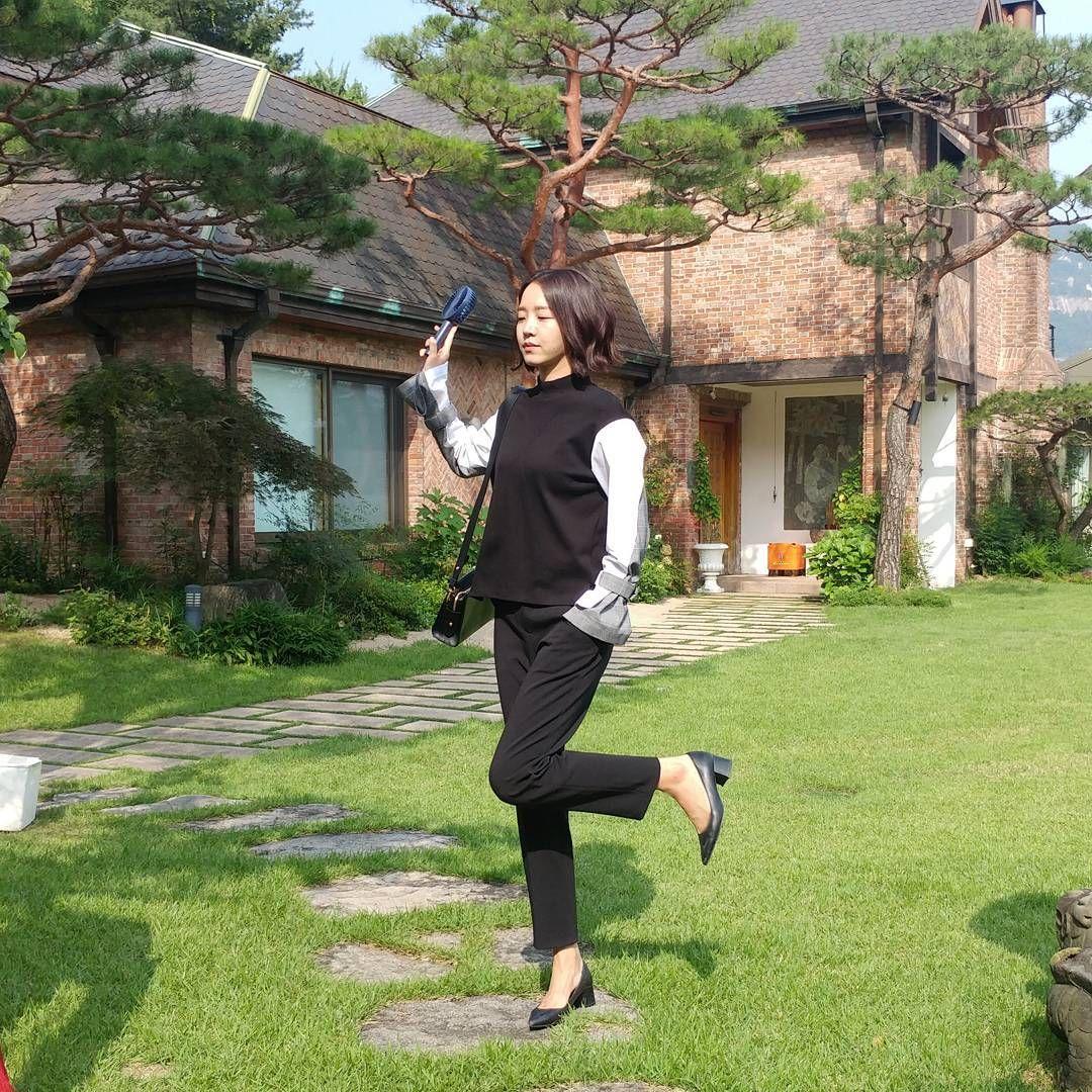 Sukses Jadi Pemeran Utama Mr. Queen, Begini Gaya Asli Shin Hye Sun