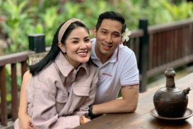 9 Fakta Balik Gugatan Cerai Nindy Ayunda Saat Suami Dipenjara