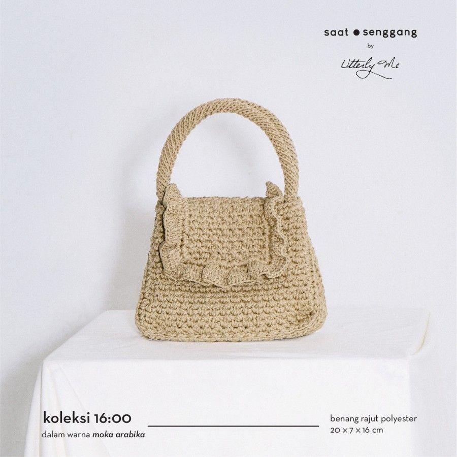 #PopbelaOOTD: Rekomendasi Tas Rajut dari Brand Lokal