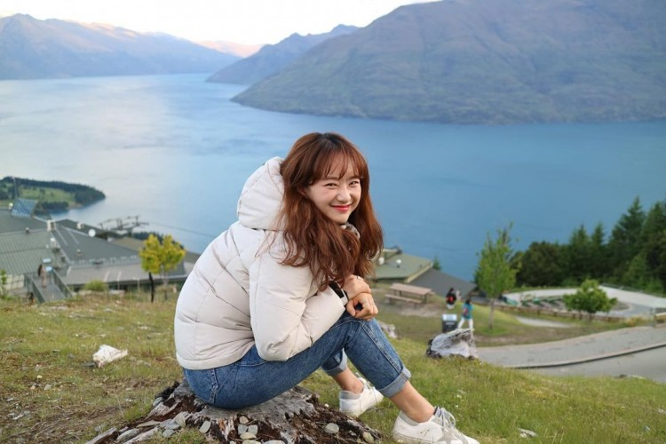 Bintangi Drama Romantis dengan Rowoon SF9, Ini Gaya Manis Wo Jin Ah