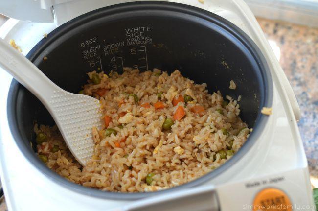 Resep Nasi Telur Rice Cooker, Simpel dan Cocok untuk Si Anak Kos!