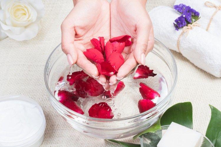 Fakta Bunga Mawar di Balik Produk Skincare