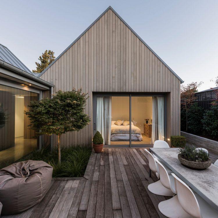 10 Inspirasi Desain Rumah Kayu Minimalis yang Menawan