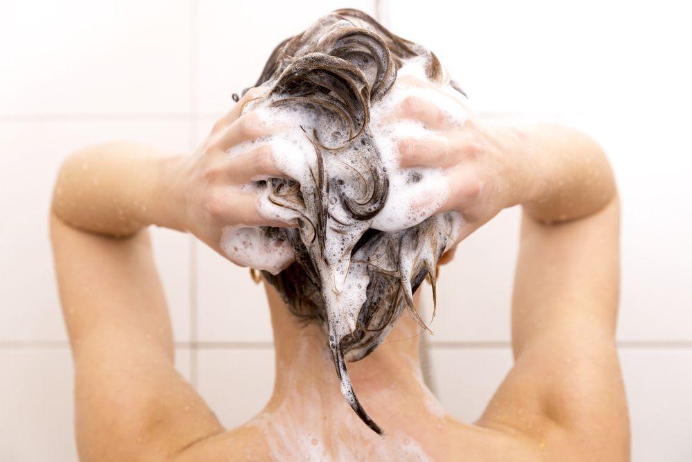 Rambut Terlihat Nggak Sehat dan Kusam? Coba 5 Cara ini!