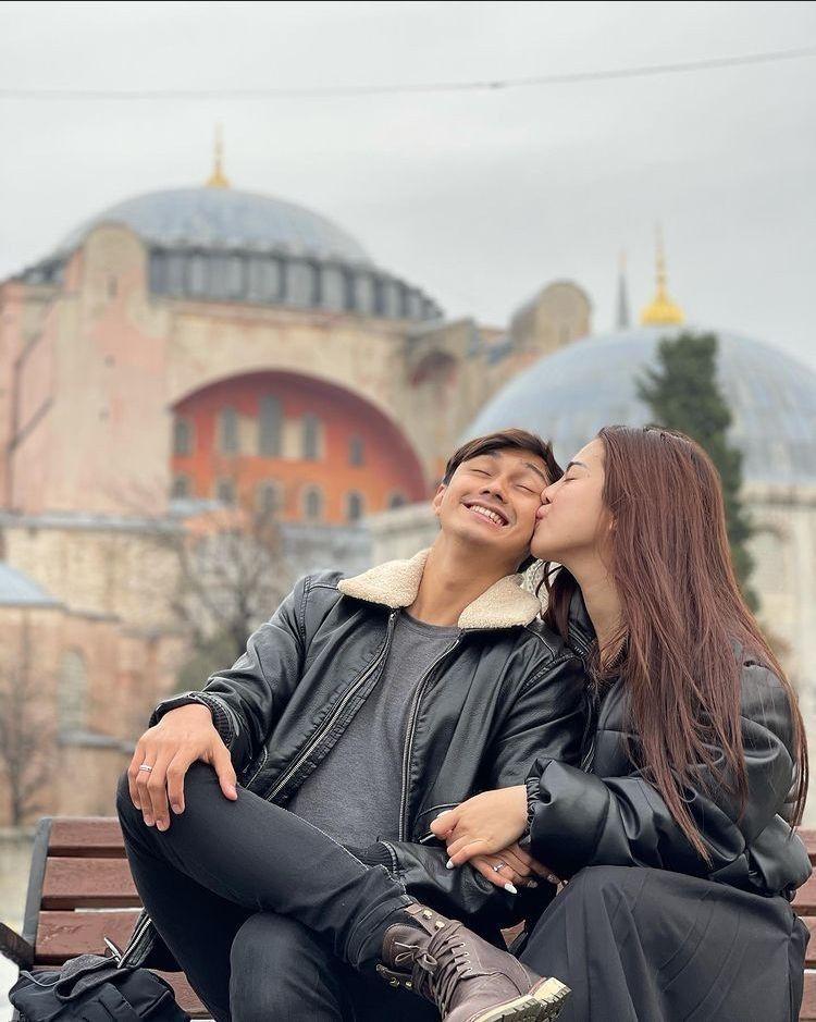 Romantis! 10 Momen Bulan Madu Felicya Angelista & Hito Caesar di Turki