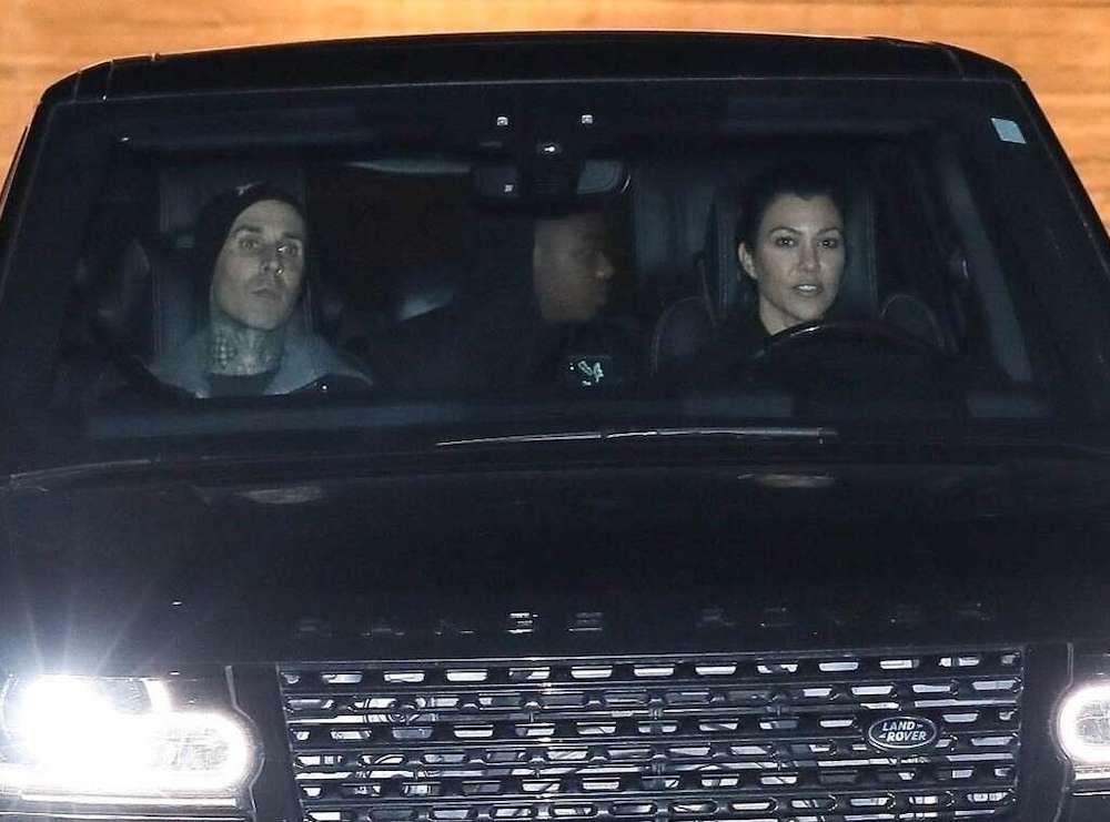 Teman Jadi Pacar, 7 Fakta Hubungan Kourtney Kardashian & Travis Barker