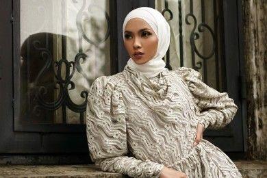 PopbelaOOTD Dress Manis Favorit Hijabers Hadiri Pernikahan