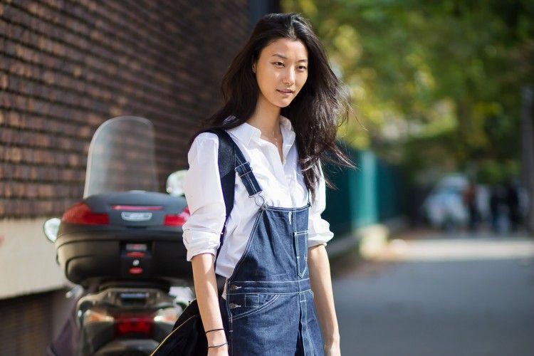 Tips Mudah Padu-padan Overall Jeans