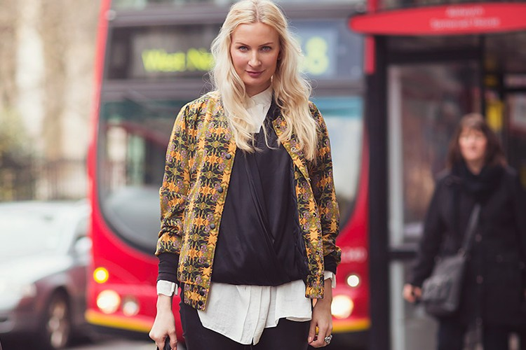 Inspirasi Gaya Streetwear dengan Jaket Bomber