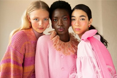 Nggak Boleh Asal, Tips Memilih Warna Blush On Sesuai Warna Kulit