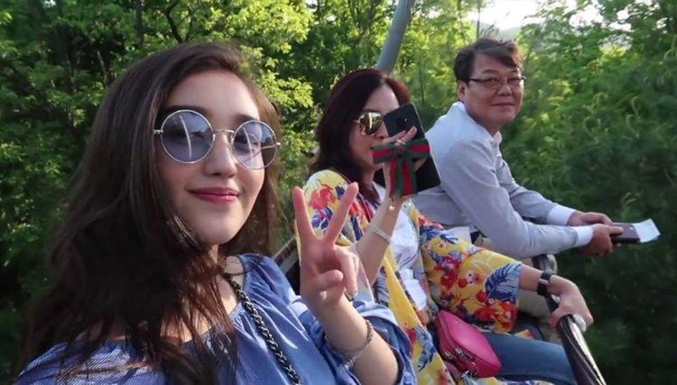 Blasteran Korea, Intip 8 Potret Hangat Ranty Maria dan Sang Ayah