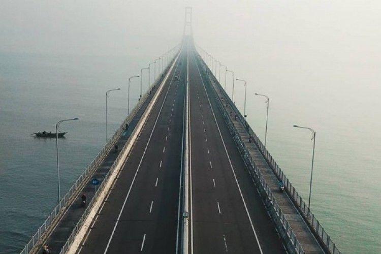 Hati-Hati Saat Melintas, 10 Jembatan di Pulau Jawa ini Angker Banget