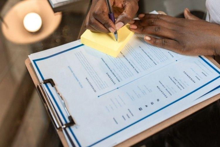 Hey, Fresh graduate! 6 Contoh CV Ini Akan Bantu Kamu Dilirik Rekruiter